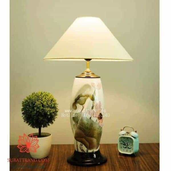 Đèn Ngủ Sứ Vẽ Sen Sơn Mài Khảm Trai - 150034